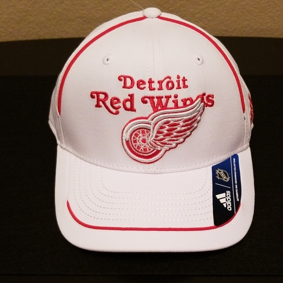 Men s Adidas Detroit Red Wings hat cap white w red 9ca1fb9a622a